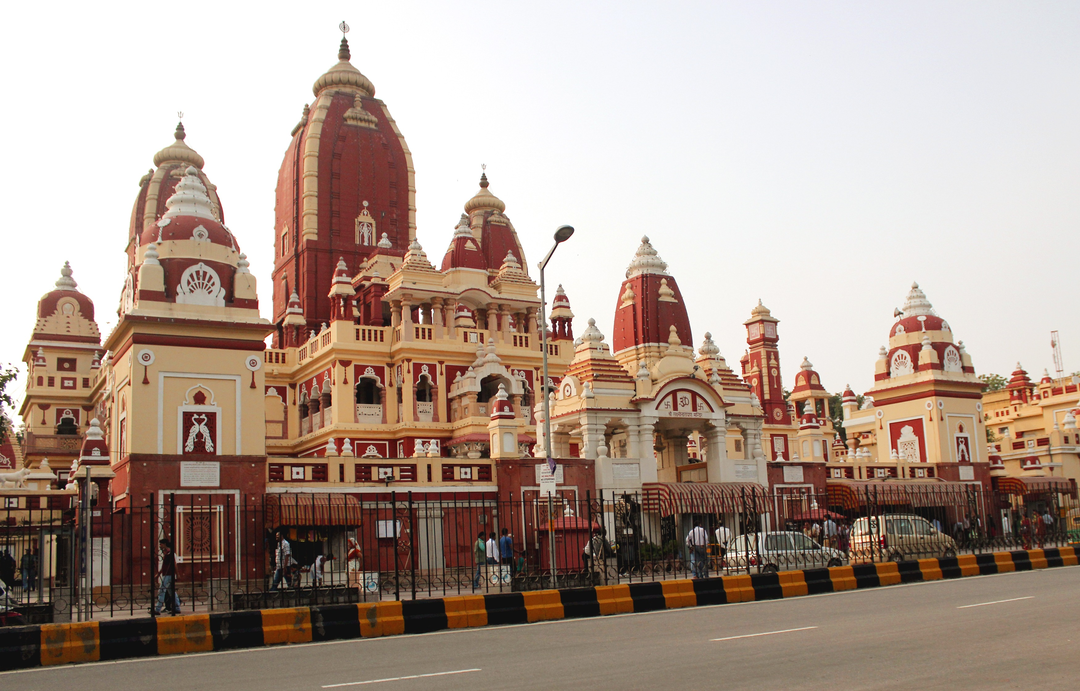 Delhi, Laxmi Narayan templom