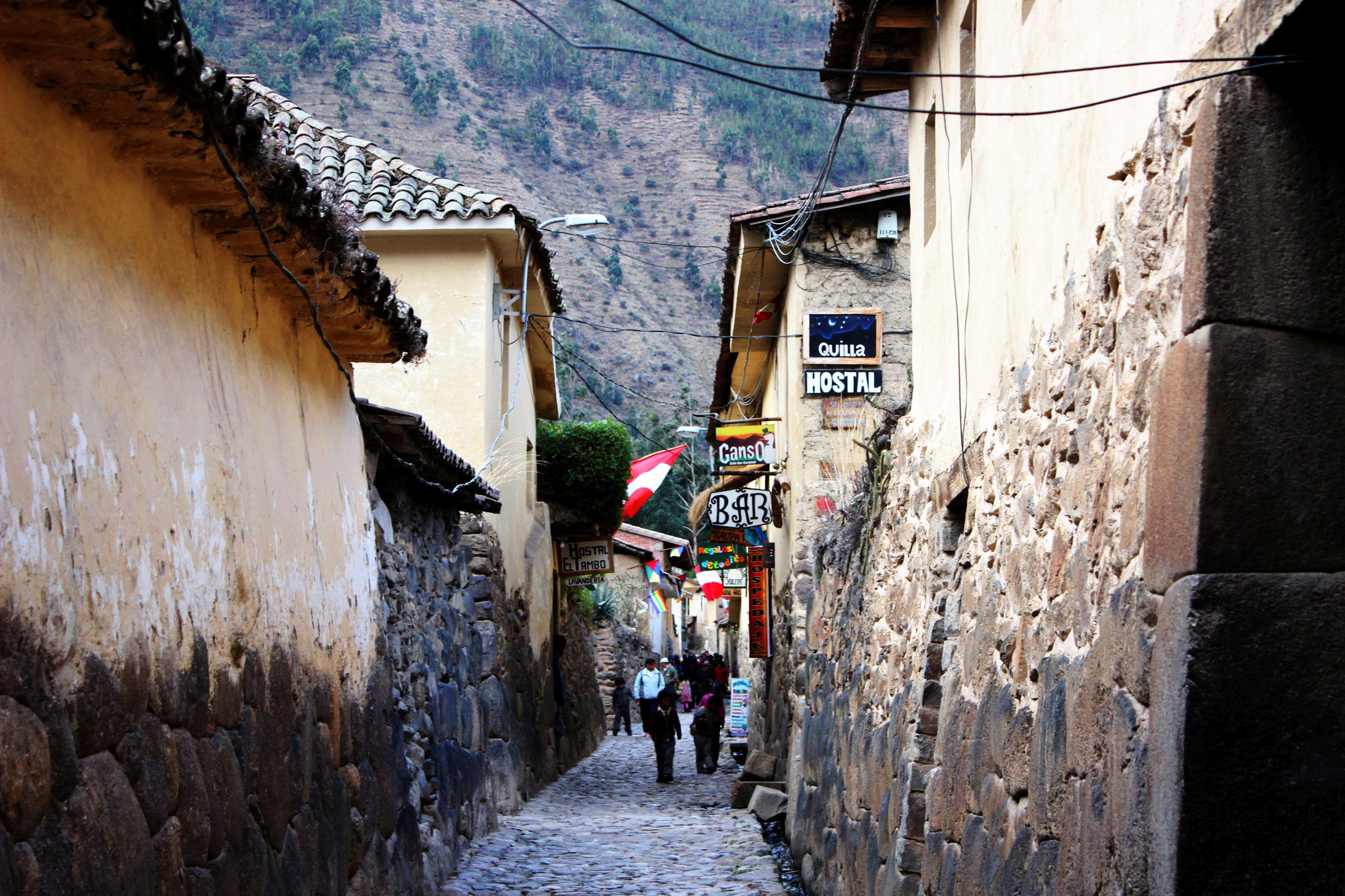 Peru -Szent Völgy, Ollantaytambo inka kori utcái. Fotó: Papp Éva